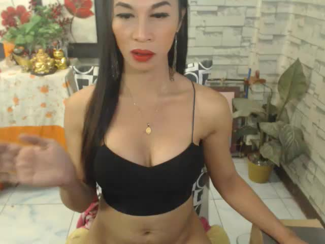 Enjoy your live sex chat 12InchOverLoad from Cams - 19 years old -