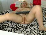 Live Nude Chat: BigTitsBomb