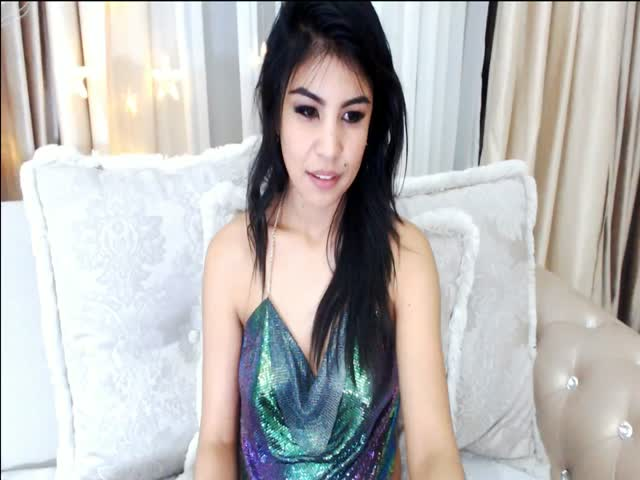Voir le liveshow de  BiyaLin de Cams - 24 ans - Open minded, eager to live, to try new things, to experiment, to learn, to have a good time.