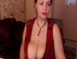 Live Nude Chat: BigLuscious