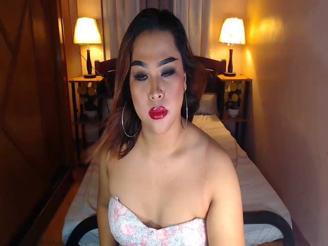 Enjoy your live sex chat CUMsuperstarTS from Cams - 21 years old -