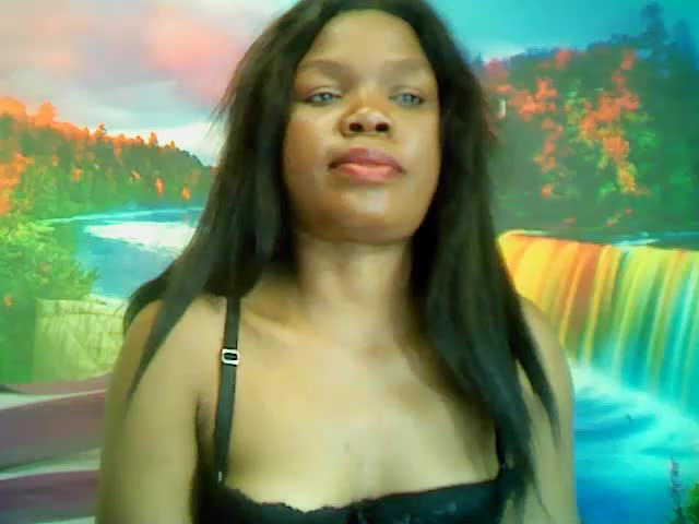 Voir le liveshow de  DarkTyger de Cams - 23 ans - Sexy Lady ready to bring you to new Heights....