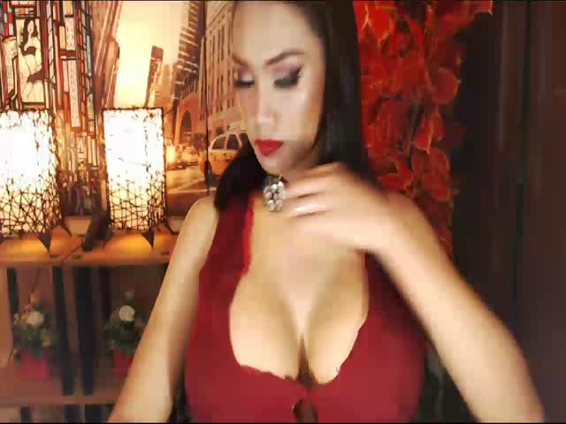Enjoy your live sex chat HugeCockShemale from Cams - 20 years old -