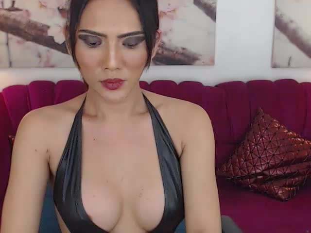 Enjoy your live sex chat JuicyBigCockApple from Cams - 21 years old -