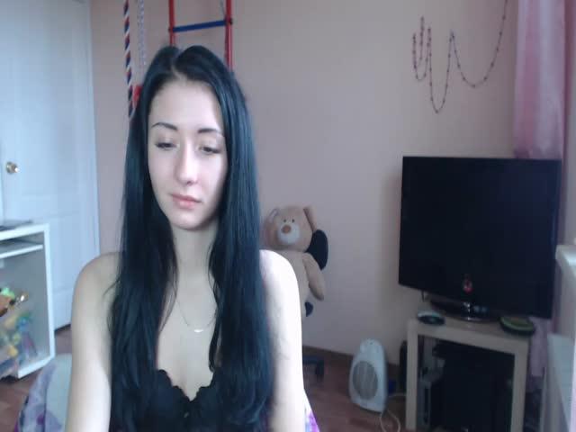 Voir le liveshow de  KiraMalina de Cams - 20 ans -