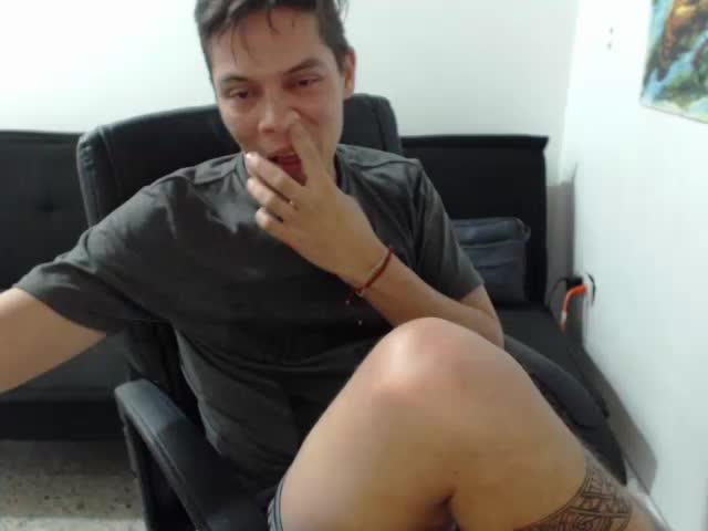 Disfruta de chats de sexo en directo MATT1406 de Cams - 18 años -