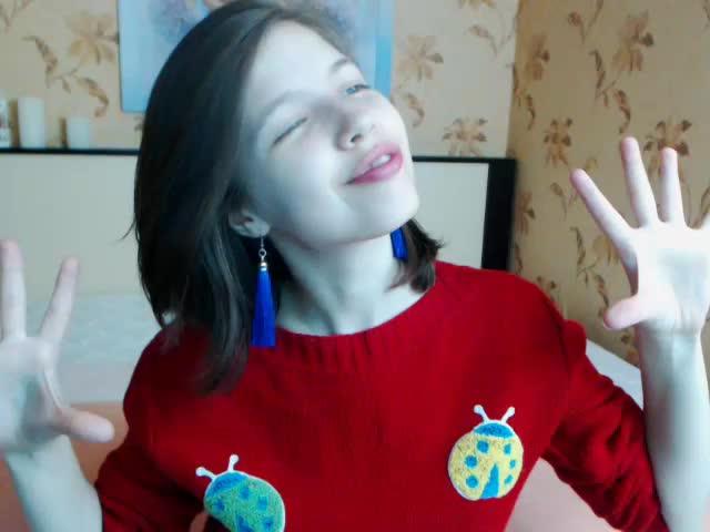 Voir le liveshow de  Maria_Glaze de Cams - 18 ans -