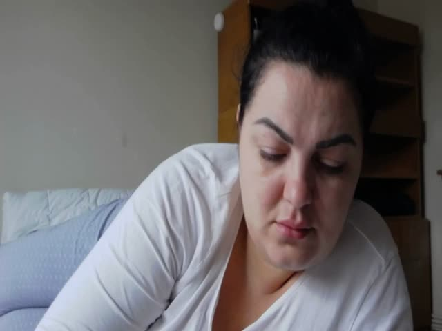 Voir le liveshow de  MarilynDoll de Cams - 21 ans - I'm the Best Babe on the Site - Try me and see that, I always tell the truth.