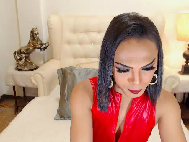 Enjoy your live sex chat MissANACONDATS from Cams - 22 years old -