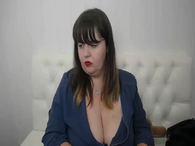 Enjoy your live sex chat MaccNely from Cams - 25 years old -