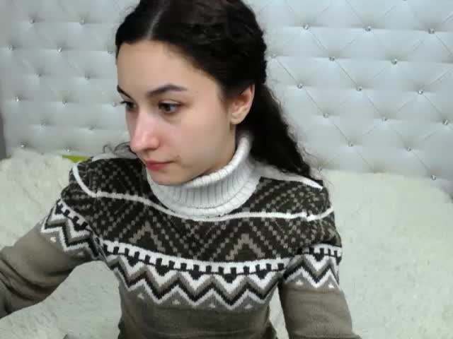 Voir le liveshow de  MeganBollyy de Cams - 18 ans - Let me enjoy an embrace, a big hug, and Ill be your kitty! I enjoy becoming a kitty, a horny lover ...