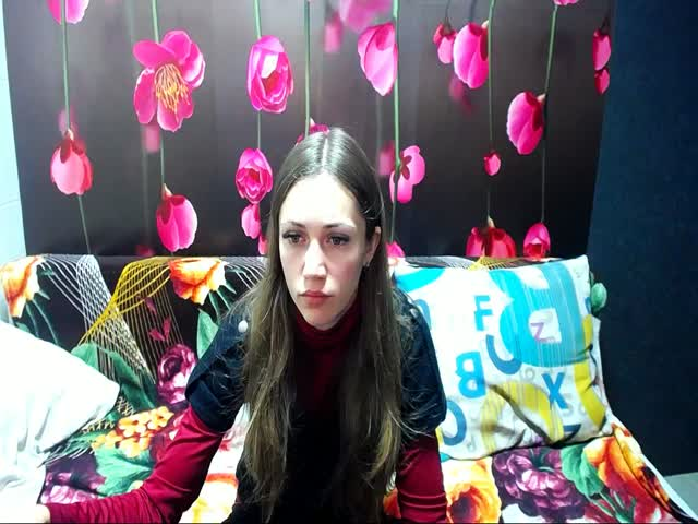 Voir le liveshow de  OlgaBym de Cams - 18 ans - I like dildo games, whether pussy or ass. If You see me on my show and masturbate to, which is very co ...
