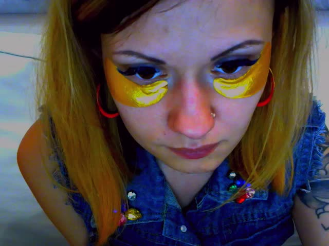 Voir le liveshow de  OrchidLady de Cams - 19 ans - The carnal desire I constantly feel is burning me alive - come into my private room look into my de ...