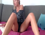 Live Webcam Chat: PureCrystal
