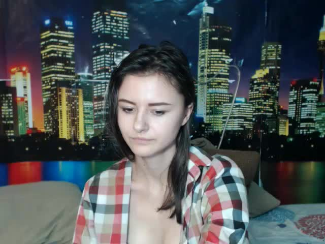 Voir le liveshow de  Rosie_Atkins de Cams - 20 ans - Smart, beautiful, sexy – and modest!