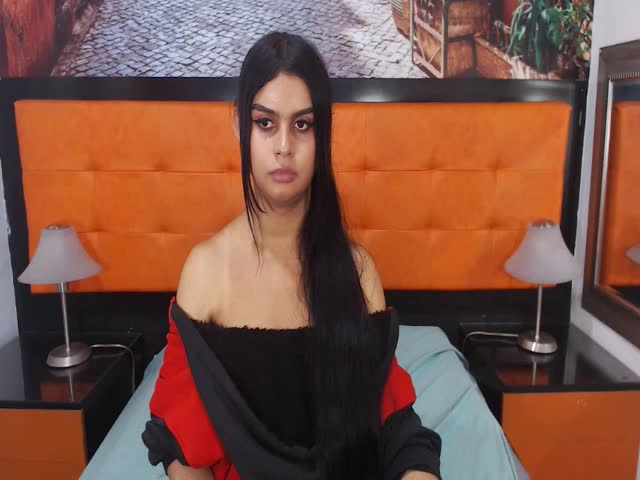 Enjoy your live sex chat SussyBeachTS from Cams - 22 years old -