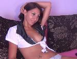 Live Nude Chat: seniahot