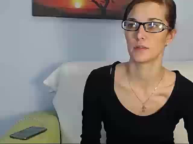 Voir le liveshow de  SuperWetShow de Cams - 22 ans - The sexiest show ever! Sexy naughty girl shows all she is eager to do for you! She is so sexy !Mm ...