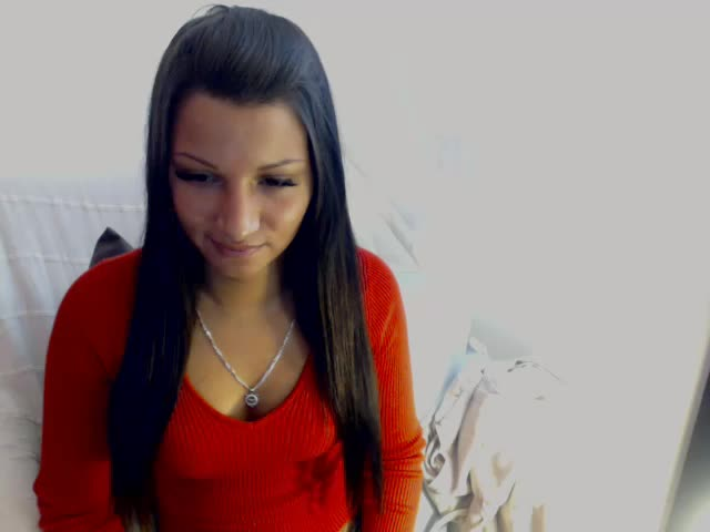 Voir le liveshow de  TinaBlow de Cams - 18 ans - I'm Tina, a girl who is very sociable, amuzing, spontaneous and always on fire