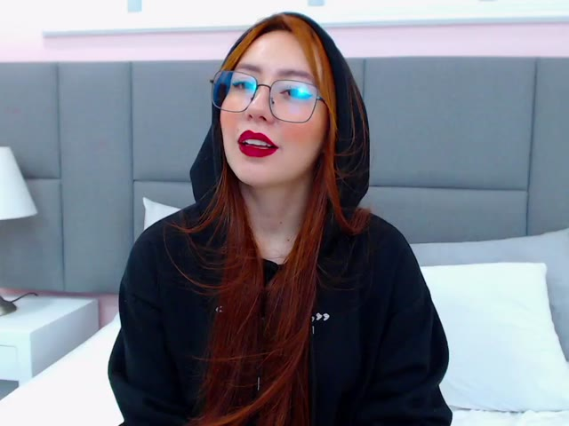 Dany_Cruz live on Cams.com