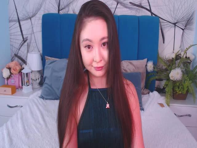 HungTu live on Cams.com