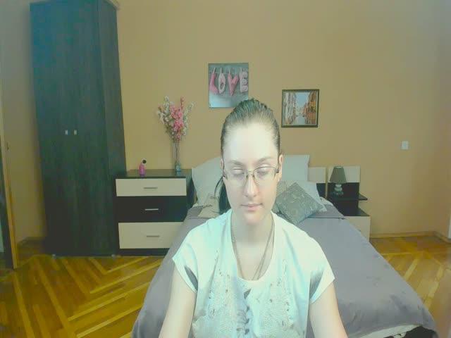 LillianGordon live on Cams.com
