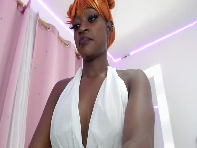 mocca_exotic live on Cams.com