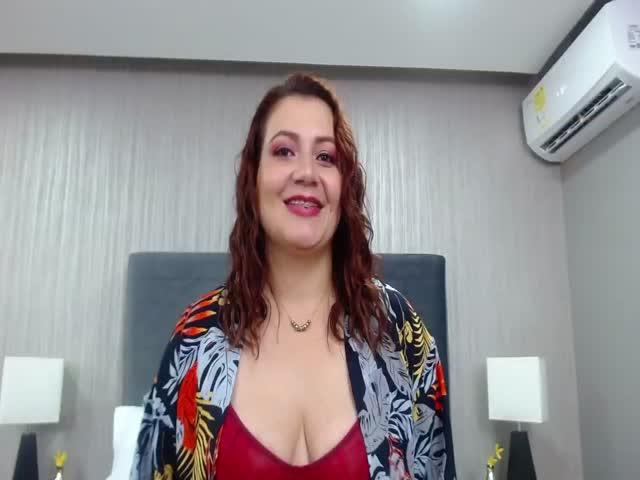 RebecaColin live on Cams.com