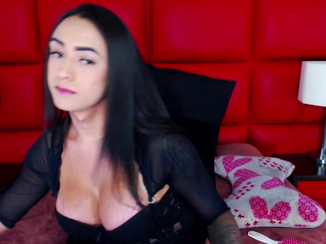 VALERYQUEENTS live on Cams.com